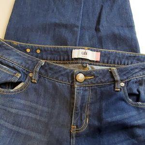 Cabi Slim Boyfriend Distressed Jeans Size 8